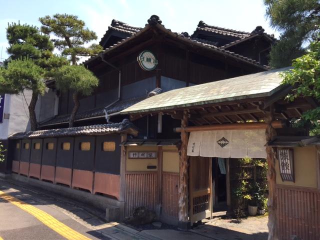中国やまなみ街道を南へ走った後は(4) -日本遺産になった尾道市の風景(千光寺辺りの坂道を歩く)-