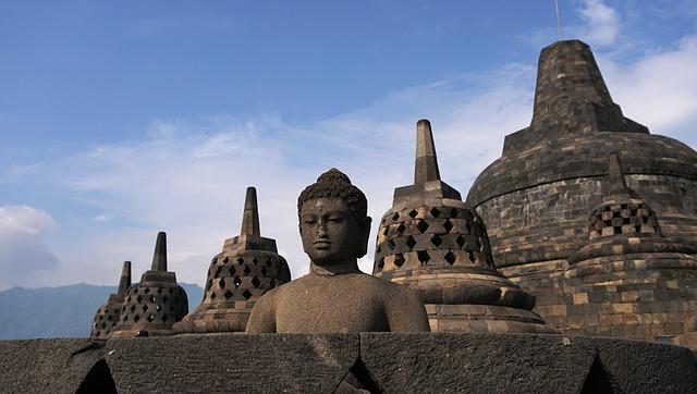【過去世の探索】は「ブッダの悟りに必要な智」であるというお話です。 恐縮ですが、ヘミシンクでも・・・  《原始仏教・原始仏典について》