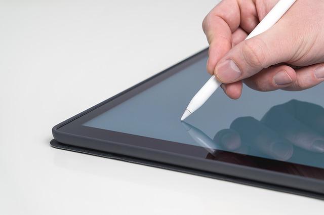こんなにも便利な Split View に感動! -本音で語る!12.9インチ【iPad Pro】を使ってみて-