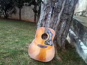 guitar-174931_640